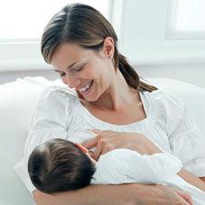 Bebek Emzirirken Dikkat Edilmesi Gerekenler