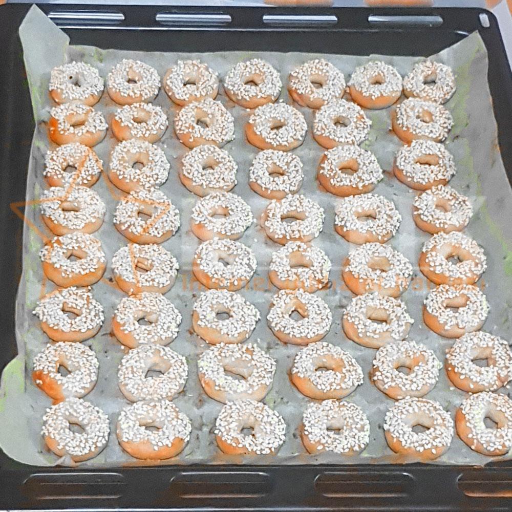 Tatlı susamlı kurabiye yapmak