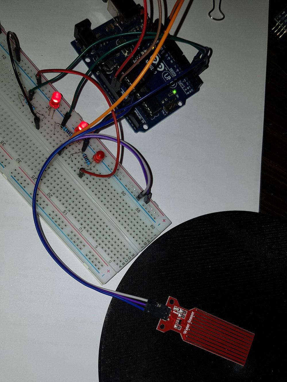 arduino water sensor 3 leds